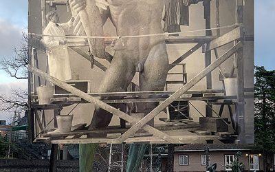 Milles skulpterar åt olika håll
